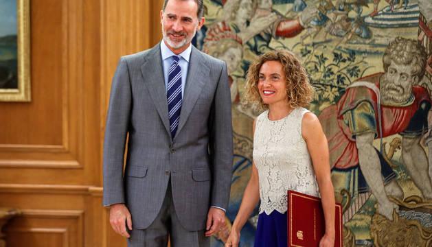 Felipe VI recibe a la presidenta del Congreso, Meritxell Batet.