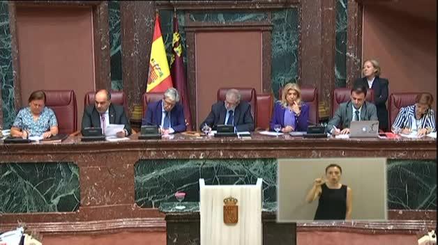 López Miras, investido presidente de Murcia con los apoyos de Ciudadanos y Vox