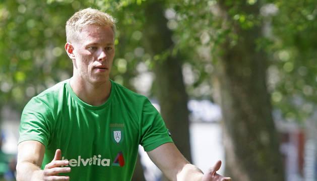 Henrik Norlander, el día de regreso de Helvetia Anaitasuna a los entrenamientos en la Vuelta del Castillo.