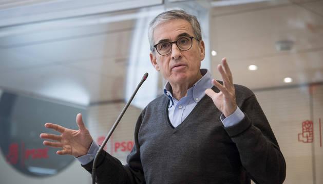 Foto de Ramón Jáuregui, durante una rueda de prensa en 2017.