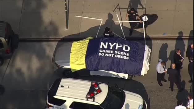 Mueren dos niños en Nueva York olvidados por su padre en el coche