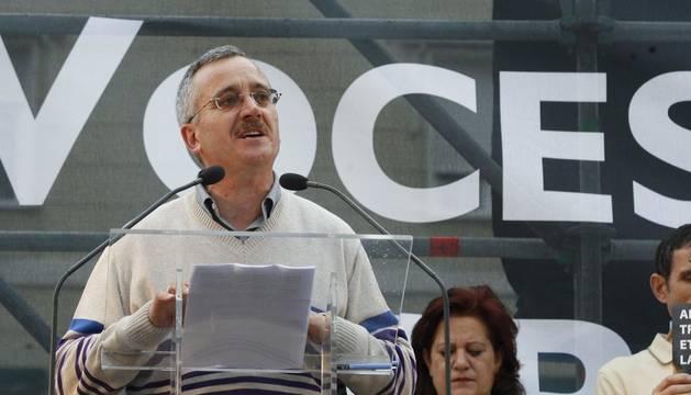 Foto de Ortega Lara, durante una concentración convocada contra el terrorismo en 2011.