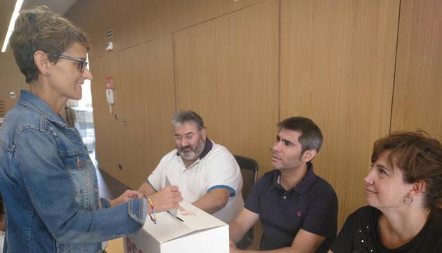 Los afiliados del PSN votan para decidir si ratifican el acuerdo con Geroa Bai, Podemos e I-E