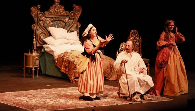 'El enfermo imaginario' de Molière se representa este miércoles en el Festival de Teatro de Olite.