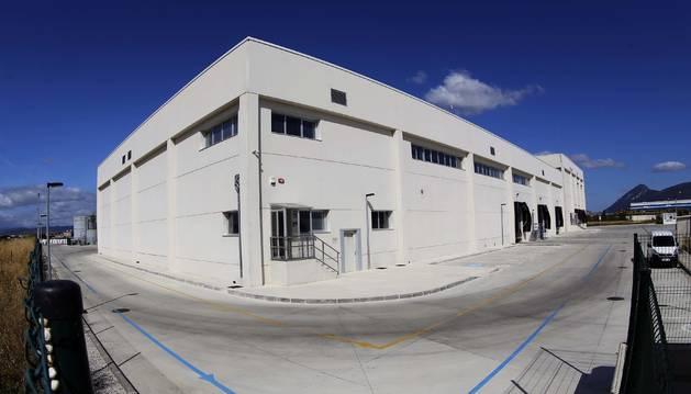 Foto de la vista parcial de las instalaciones del matadero en el polígono Meseta de Salinas.