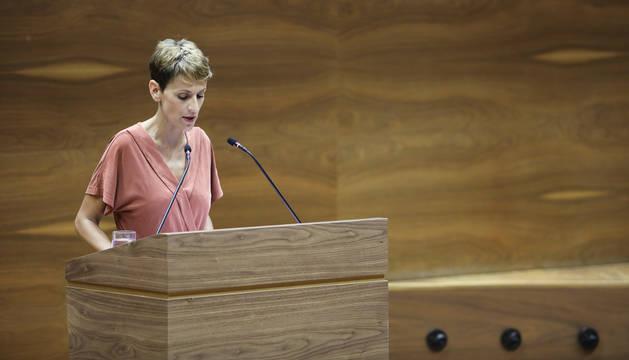 María Chivite, durante su discurso en la primera sesión de investidura en el Parlamento de Navarra.