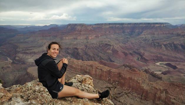 Foto de María Asurmendi en el Gran Cañón del Colorado.