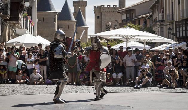 Foto del combate de caballeros celebrado el domingo por la mañana, uno de los actos centrales.