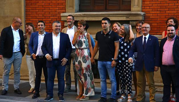 Galería de fotos de la segunda votación del pleno de investidura en el que la candidata socialista María Chivite ha sido elegida presidenta del Gobierno navarro gracias a la abstención de Bildu