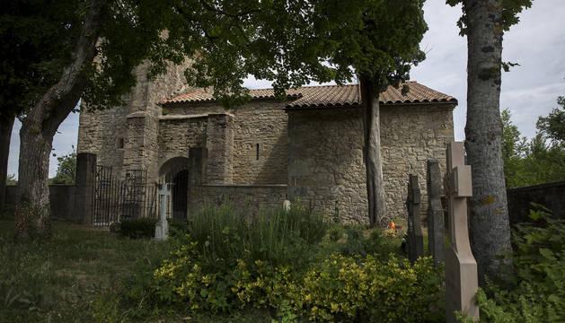 Foto del cementerio que devolvió la vida a Eransus.