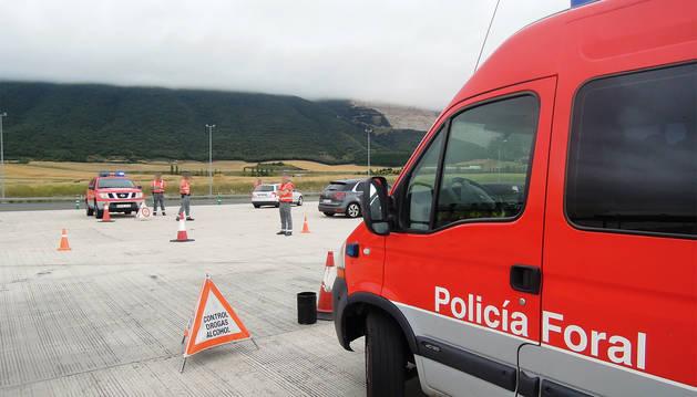 Foto de un control de Policía Foral.