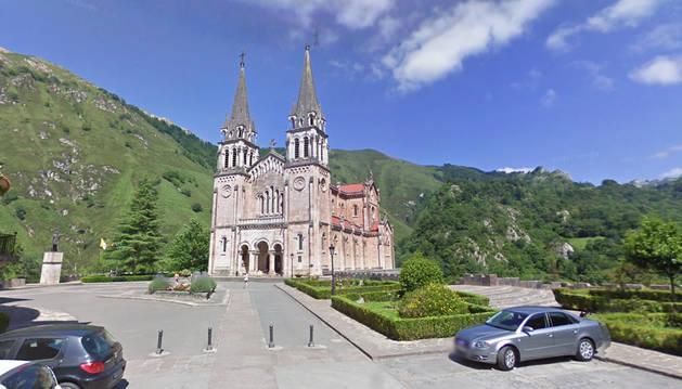 Imagen del Santuario de Covadonga.