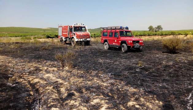 Los rayos de las tormentas provocan varios incendios en Navarra, en alerta amarilla