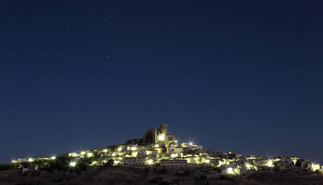 Foto de la noche sobre Ujué.