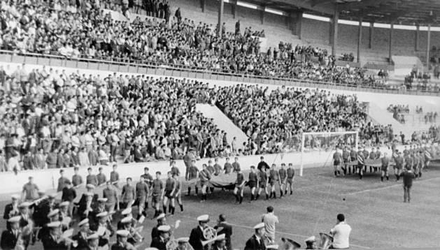 1967. Osasuna estrenó El Sadar con un triangular frente al Real Zaragoza y el Victoria de Setubal.