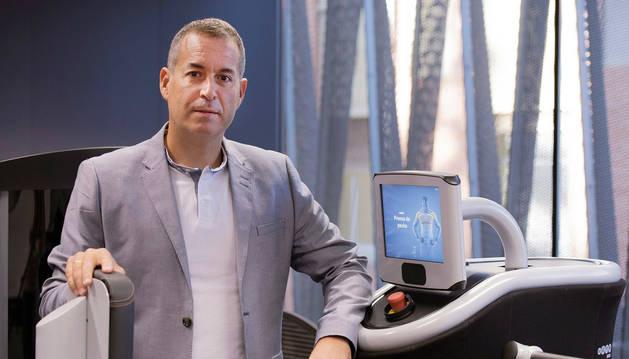 Foto de Mikel Izquierdo Redín, catedrático de la UPNA.