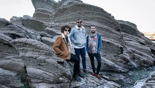 Componentes del grupo Con X The Banjo, en una imagen promocional.