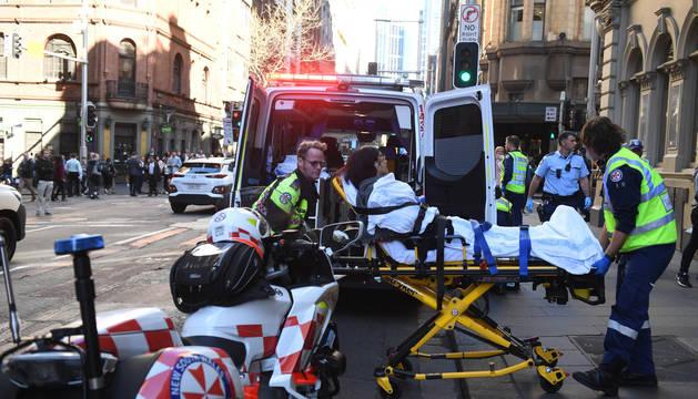 Un detenido en Sídney tras apuñalar a una mujer en plena calle