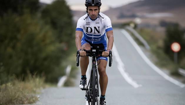 El pamplonés Javier Iriberrri Villabona iniciará hoy en Suiza un nuevo reto de ultrafondo.