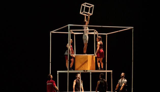 Foto de una actuación de la compañía murciana Up Arte.