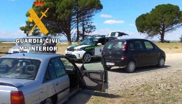 Los vehículos implicados en el accidente en Santacara.
