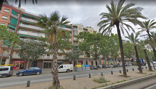 Foto de una calle, en el distrito Nou Barris, de Barcelona, donde ha tenido lugar el suceso.