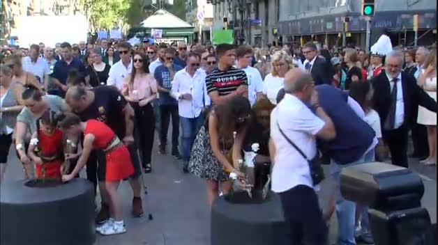 Barcelona recuerda a las víctimas del 17-A en el segundo aniversario de los atentados