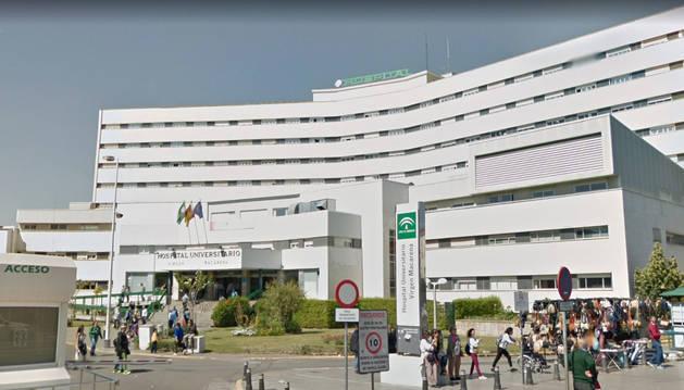 Foto de la entrada del hospital Universitario Virgen Macarena de Sevilla.