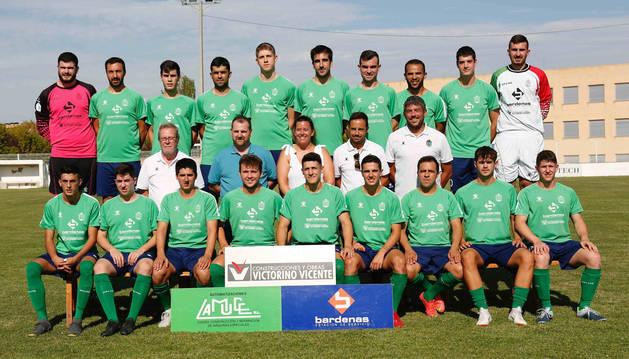 La plantilla y el cuerpo técnico del Lourdes ante la temporada 2019-20.