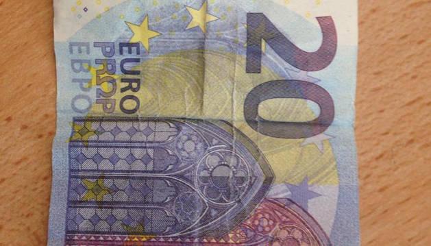 Alertan de la presencia de billetes falsos en locales de hostelería de la zona de Tafalla