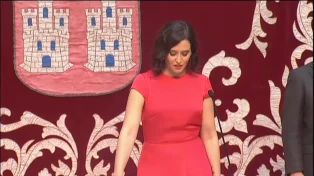 Isabel Díaz Ayuso promete el cargo como presidenta de la Comunidad de Madrid
