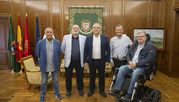 Maya se cita con los nuevos responsables de la Federación Navarra de Pelota Vasca