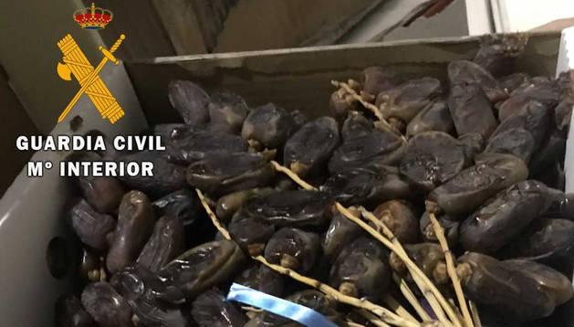 Imagen de la comida incautada por la Guardia Civil.