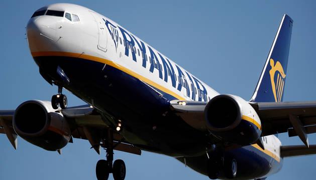 Foto de un avión de Ryanair.