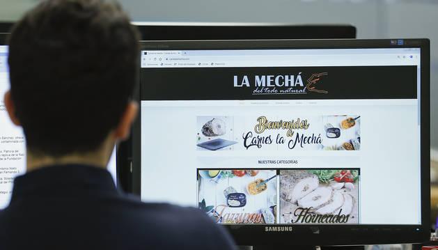 La web de empresa que comercializa 'La Mechá' mantiene productos retirados.