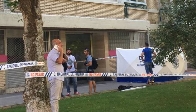 foto de Calle Fuente del Hierro de Pamplona donde una mujer ha caído de un cuarto piso.