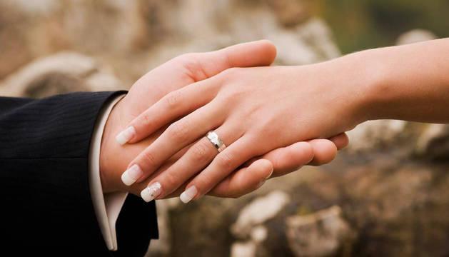 400 parejas navarras se han casado o divorciado en notarías desde 2015