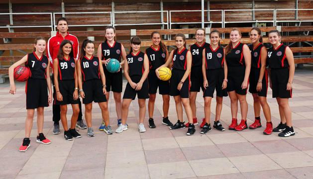 BALONCESTO Las chicas del Preinfantil de Baloncesto, campeonas de Liga.