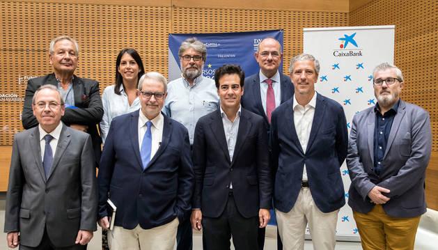 Foto de los expertos que protagonizaron la mesa redonda sobre el futuro de la Unión Europea.