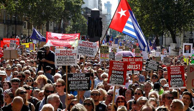 Manifestación en Londres contra la disolución del parlamento británico.