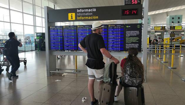 Iberia cifra en menos del 20% el seguimiento de la huelga en Barajas y El Prat