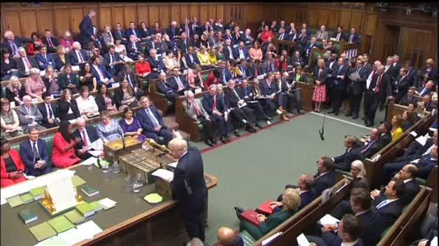 """El Parlamento británico dobla el brazo a Boris Johnson gracias a 21 conservadores """"rebeldes"""""""