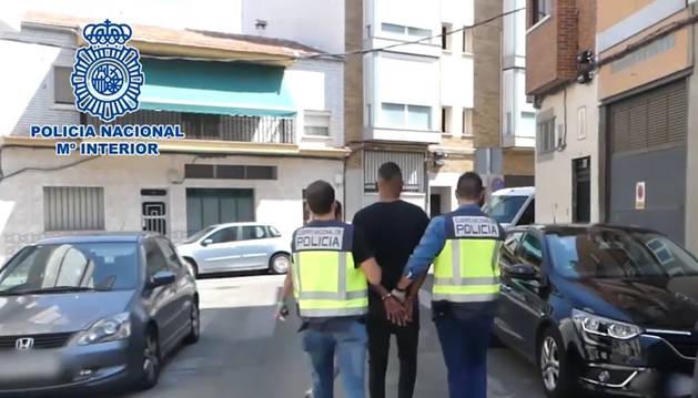Detenido por retener y atracar a diez menores en el Metro del sur de Madrid