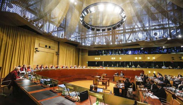 Foto de una sesión celebrada en la corte europea de Luxemburgo en una foto de archivo.