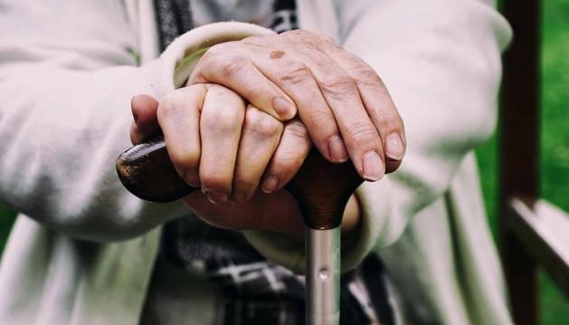Foto de un anciano.