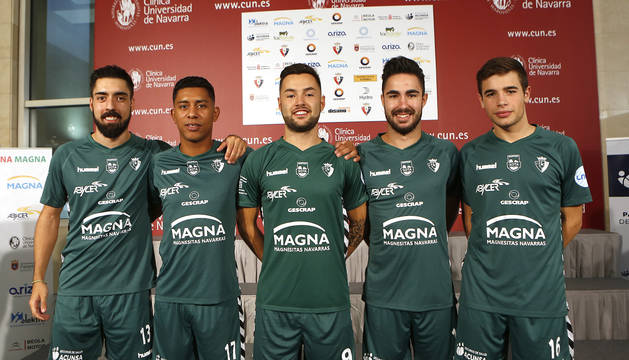 Ocupan la posición de ala este curso Eric Martel, Bynho, Dani Saldise, Álex Llamas e Íñigo Fernández.