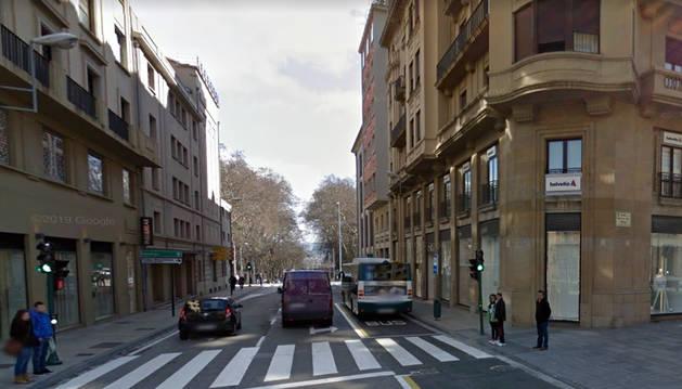 La agresión se produjo en la calle Cortes de Navarra de Pamplona