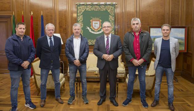 El alcalde de Pamplona y UAGN apuestan por la continuidad de Casa Gurbindo