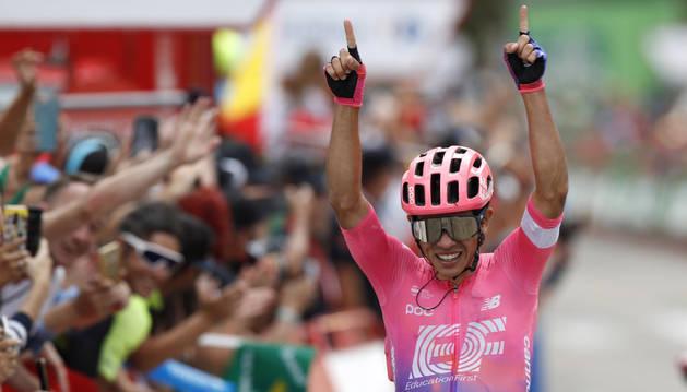 El ciclista colombiano Sergio Higuita se ha proclamado vencedor de la decimoctava etapa de la Vuelta ciclista a España 2019 con  final en Becerril de la Sierra