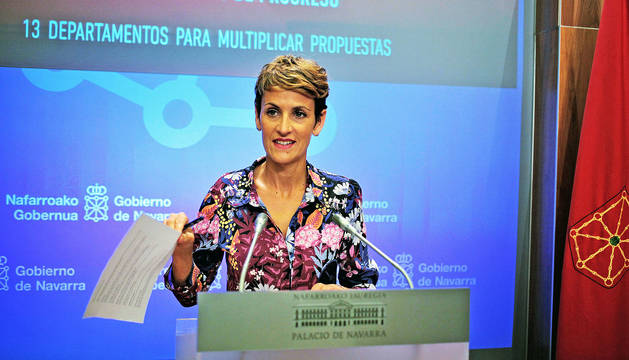 La presidenta María Chivite, durante su comparecencia ante los medios de comunicación.